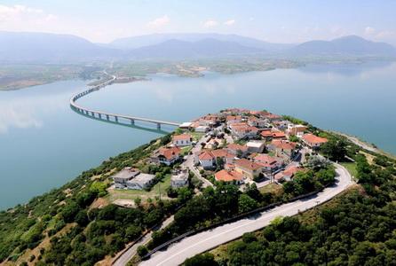 Университет Западной Македонии