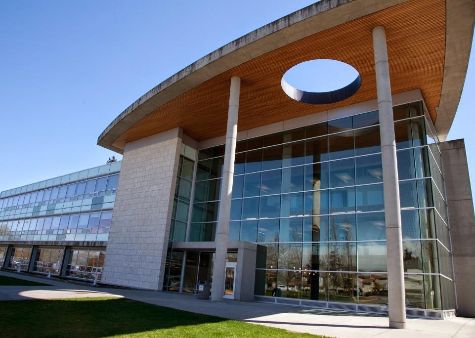 Политехнический университет Квантлен
